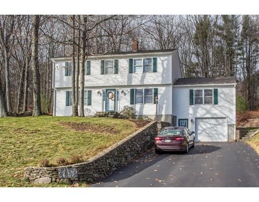 Maison unifamiliale pour l Vente à 65 Ashley Drive Gardner, Massachusetts 01440 États-Unis