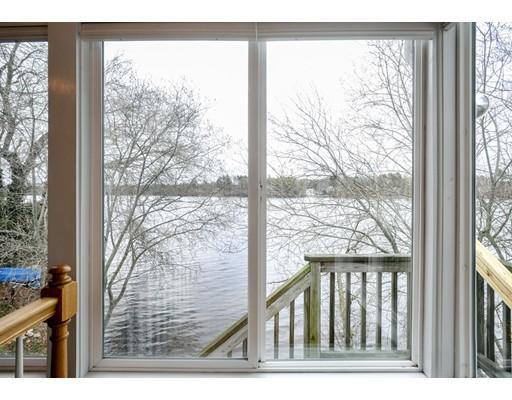 Частный односемейный дом для того Продажа на 497 Monponsett Street Halifax, Массачусетс 02338 Соединенные Штаты