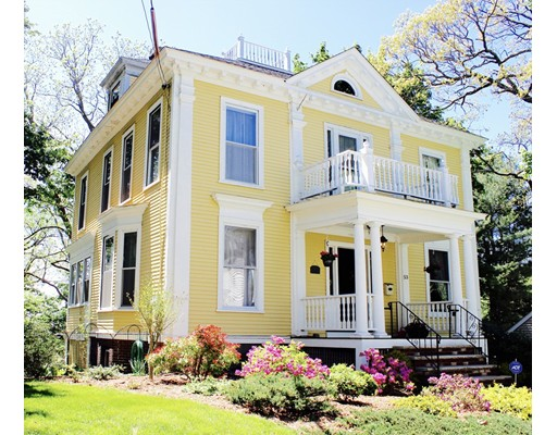 Casa Unifamiliar por un Venta en 53 Fairmount Lowell, Massachusetts 01852 Estados Unidos