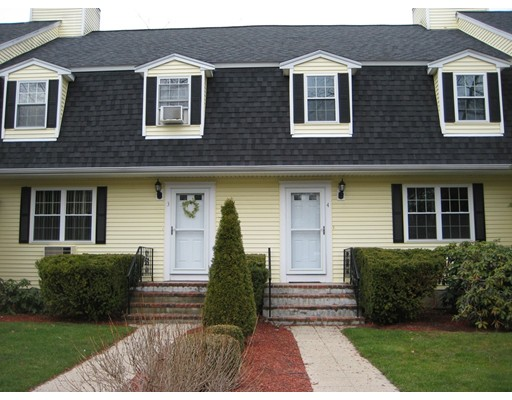 Single Family Home for Rent at 91 West Main Street Norton, Massachusetts 02766 United States