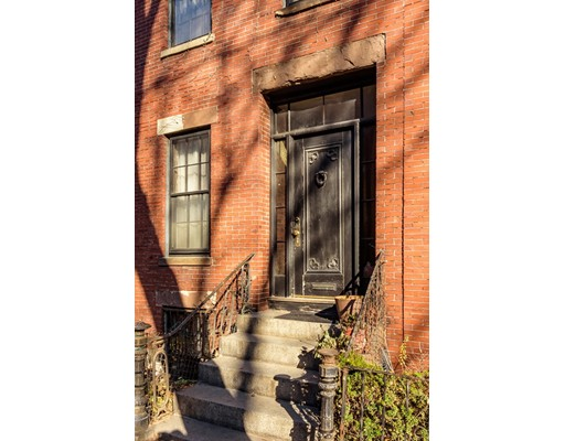 Single Family Home for Sale at 195 W Springfield Boston, Massachusetts 02118 United States