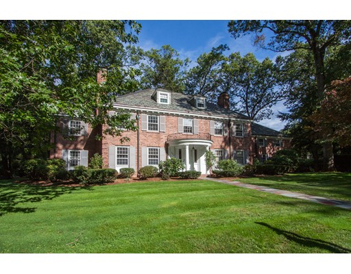 Casa Unifamiliar por un Venta en 205 Colony Road 205 Colony Road Longmeadow, Massachusetts 01106 Estados Unidos