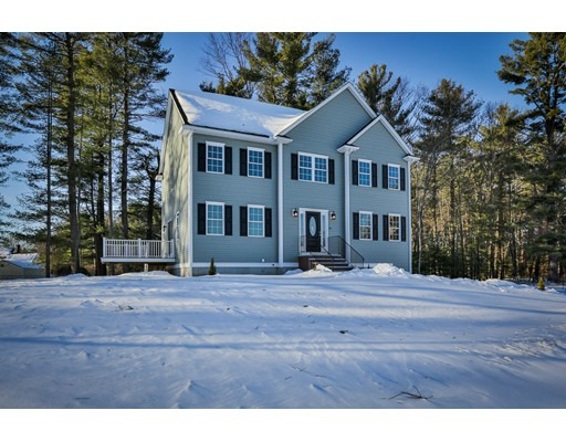 Single Family Home for Sale at 21 Pomfret Road 21 Pomfret Road Wilmington, Massachusetts 01887 United States