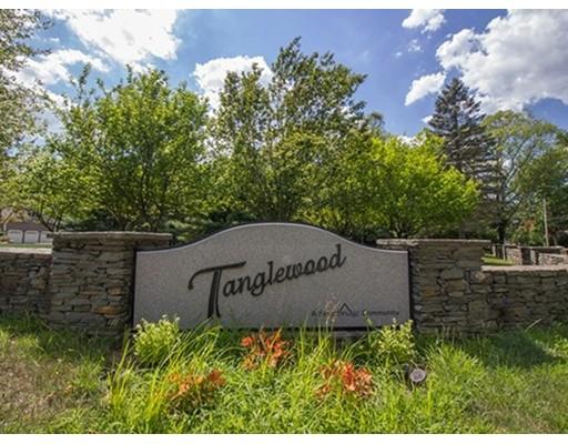 Single Family Home for Sale at 25 Tanglewood Estates Easton, Massachusetts 02356 United States