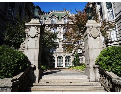 独户住宅 为 出租 在 1514 Beacon Street 布鲁克莱恩, 马萨诸塞州 02446 美国