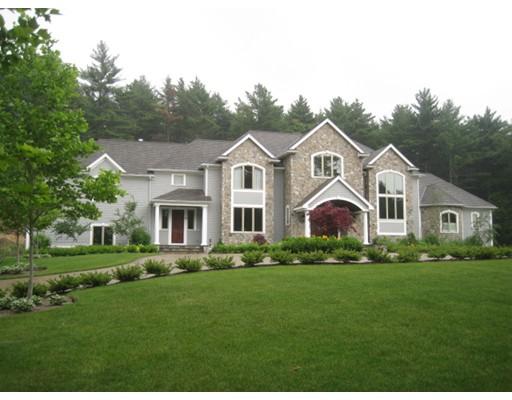 Частный односемейный дом для того Продажа на 115 Green Street Canton, Массачусетс 02021 Соединенные Штаты