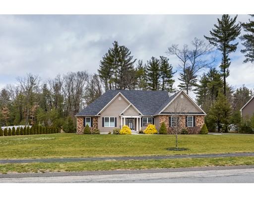 Casa Unifamiliar por un Venta en 14 Bissonnette Circle Southampton, Massachusetts 01073 Estados Unidos