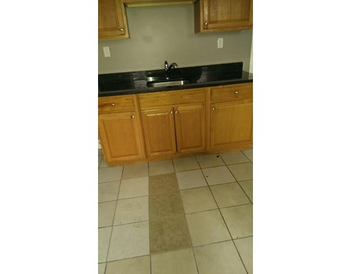 Additional photo for property listing at 4 Theodore Street  Boston, Massachusetts 02124 Estados Unidos