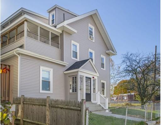 多户住宅 为 销售 在 1 Irving Street 梅福德, 马萨诸塞州 02155 美国