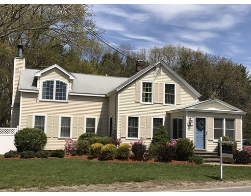 Single Family Home for Sale at 121 West Street Berlin, Massachusetts 01503 United States