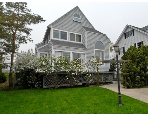 74 Willow road, Nahant, MA 01908