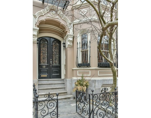 Single Family Home for Sale at 19 Rutland Square Boston, Massachusetts 02118 United States