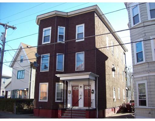 独户住宅 为 出租 在 71 School Street Everett, 02149 美国