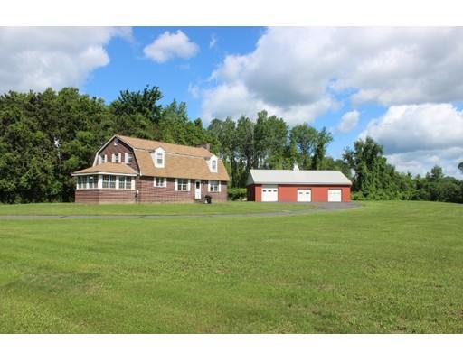 Частный односемейный дом для того Продажа на 34 Plain Road East Deerfield, Массачусетс 01373 Соединенные Штаты