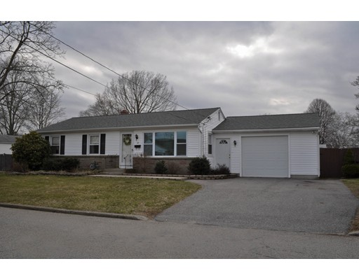 Single Family Home for Sale at 22 Primrose Drive East Providence, Rhode Island 02915 United States