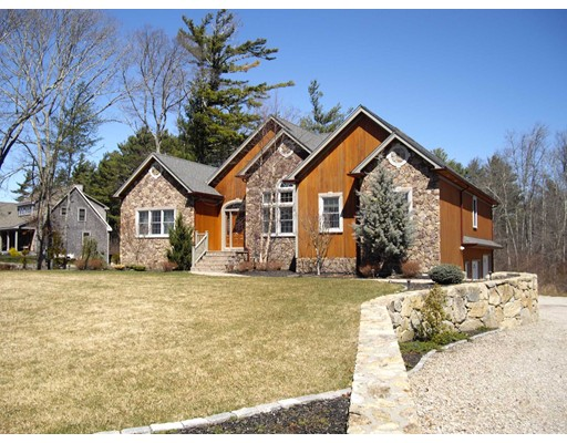 Single Family Home for Sale at 7 Evergreen Drive Acushnet, Massachusetts 02743 United States