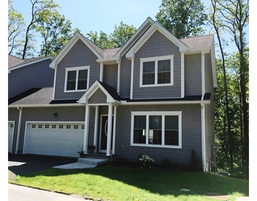 2  Rivercrest Way,  South Hadley, MA
