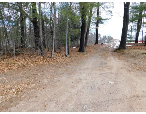 92 Pequot Point Rd., Westfield, MA 01085