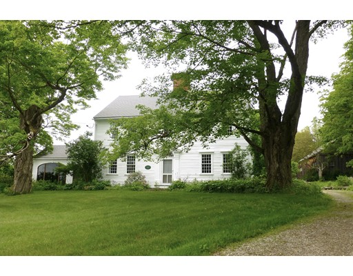 Casa Unifamiliar por un Venta en 120 Tower Hill Road Brimfield, Massachusetts 01010 Estados Unidos