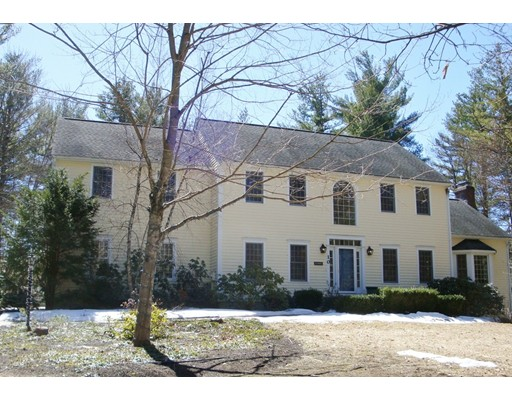 Single Family Home for Sale at 10 Colburn Lane Hollis, New Hampshire 03049 United States