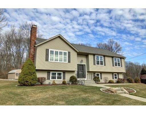 Частный односемейный дом для того Продажа на 20 Sharon Drive Cumberland, Род-Айленд 02864 Соединенные Штаты