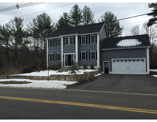 Single Family Home for Sale at 4 John Sullivan Way Abington, Massachusetts 02354 United States
