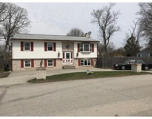 Casa Unifamiliar por un Venta en 21 Beeckman Avenue Cranston, Rhode Island 02920 Estados Unidos