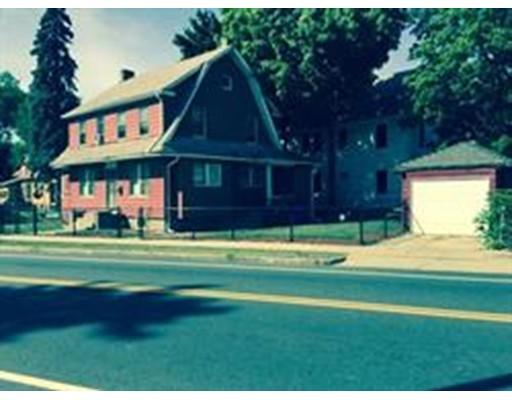 79 Thompson St, Springfield, MA 01109