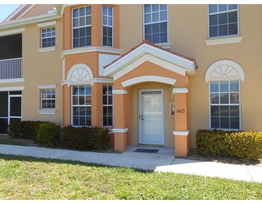 Appartement en copropriété pour l Vente à 1831 Concordia Lake Circle #1403 Cape Coral, Florida 33909 États-Unis
