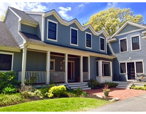 Single Family Home for Sale at 385 Essex Street Lynnfield, Massachusetts 01940 United States