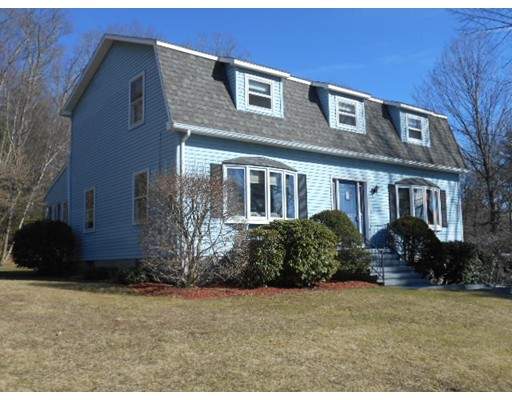 Single Family Home for Sale at 504 Pleasant Street Southbridge, Massachusetts 01550 United States
