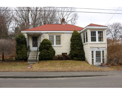 Single Family Home for Sale at 111 Westminster Avenue Bellingham, Massachusetts 02019 United States