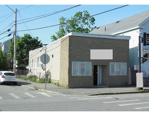 Additional photo for property listing at 497 Broadway Street  Lowell, 马萨诸塞州 01854 美国
