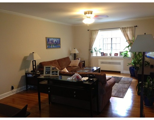 Single Family Home for Rent at 108 Sewall Brookline, Massachusetts 02446 United States