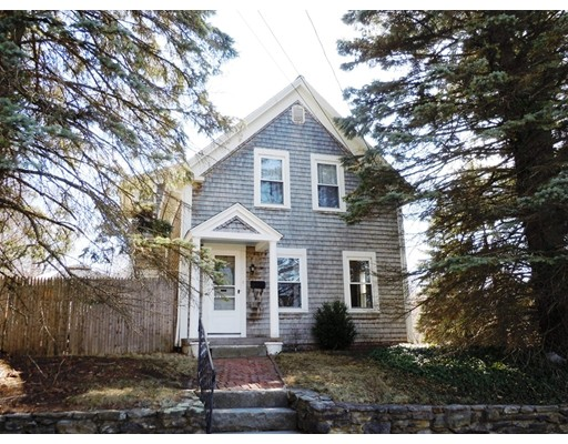 56 Manchester St, Leominster, MA 01453