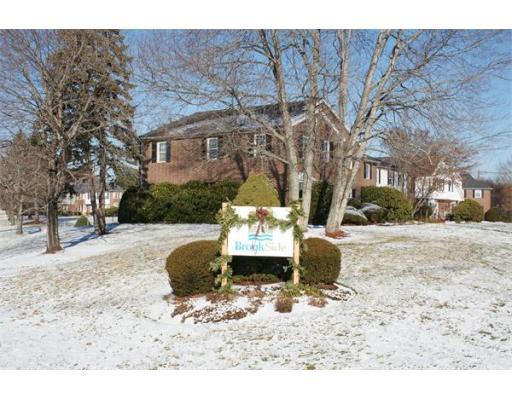 Частный односемейный дом для того Аренда на 630 Chickering Road North Andover, Массачусетс 01845 Соединенные Штаты