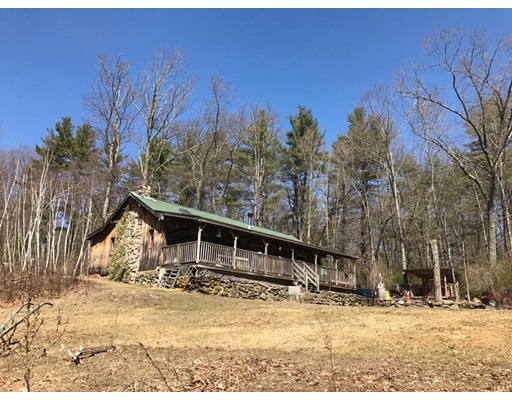 واحد منزل الأسرة للـ Sale في 34 Cooleyville Road New Salem, Massachusetts 01355 United States