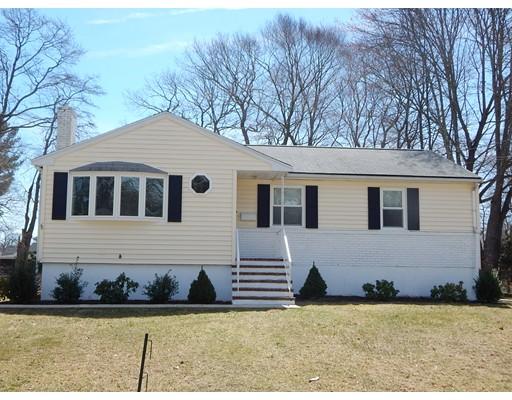 Maison unifamiliale pour l Vente à 66 MAGUIRE Avenue Avon, Massachusetts 02322 États-Unis
