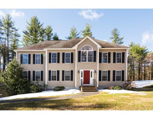 Casa Unifamiliar por un Venta en 4 Maura Lane Pepperell, Massachusetts 01463 Estados Unidos