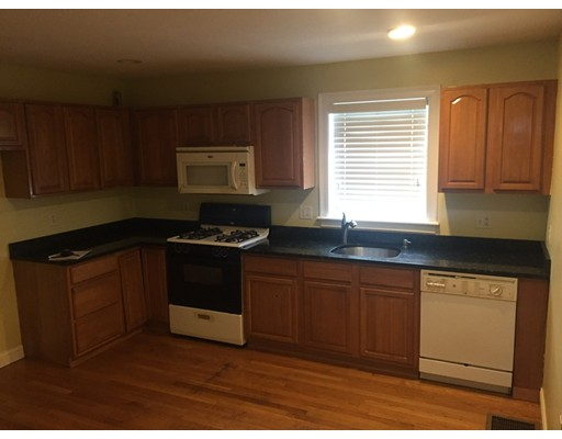 Additional photo for property listing at 53 Oldsfield Road  Boston, Massachusetts 02121 Estados Unidos
