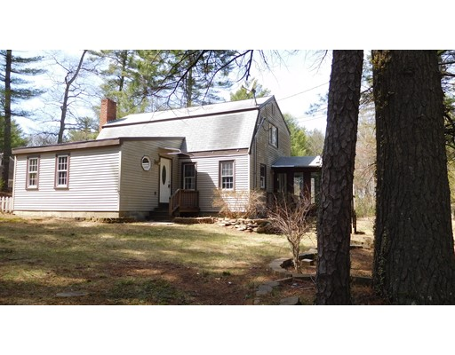 Single Family Home for Sale at 109 Pleasant Street Plympton, Massachusetts 02367 United States