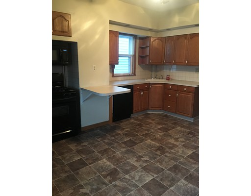 Casa Unifamiliar por un Alquiler en 49 Middle Boston, Massachusetts 02127 Estados Unidos