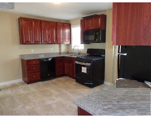 Additional photo for property listing at 142 Jefferson Avenue  Everett, Massachusetts 02149 United States