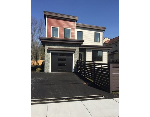 16 Keefe Ave A, Newton, MA 02464