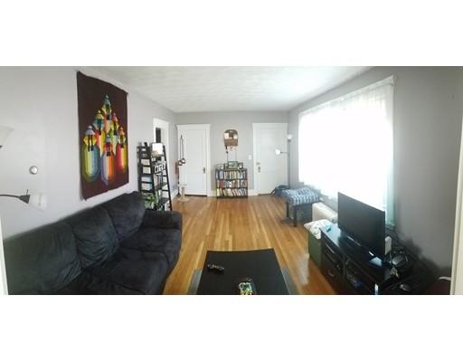 Casa Unifamiliar por un Alquiler en 56 Harriet Street Boston, Massachusetts 02135 Estados Unidos