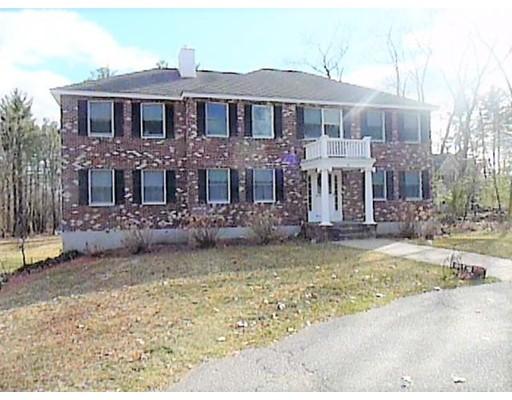 Single Family Home for Sale at 5 Robinhood Road Tyngsborough, Massachusetts 01879 United States