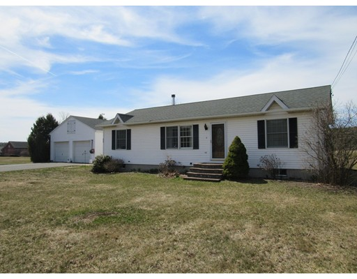 Single Family Home for Sale at 101 Mountain Street Williamsburg, Massachusetts 01039 United States