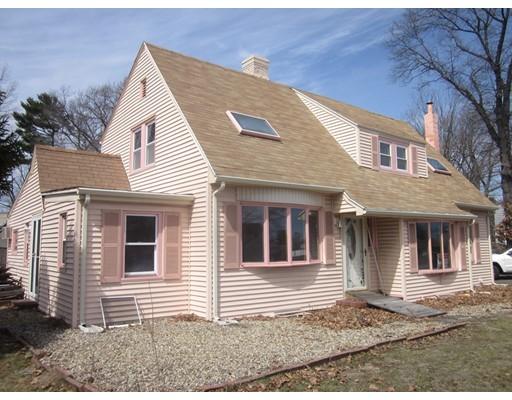 Частный односемейный дом для того Продажа на 628 Broadway 628 Broadway Lynnfield, Массачусетс 01940 Соединенные Штаты