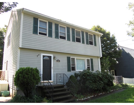 Single Family Home for Rent at 306 Ferry Road Haverhill, Massachusetts 01835 United States