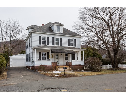 Casa Unifamiliar por un Venta en 4 1st Avenue Easthampton, Massachusetts 01027 Estados Unidos